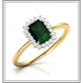 Haze Elegance Emerald Ring